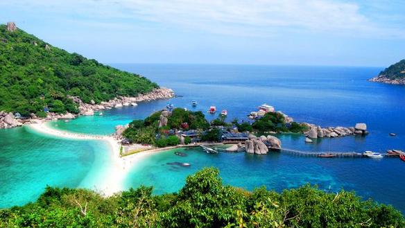 ท่องทะเลแหวก ที่เกาะนางยวน
